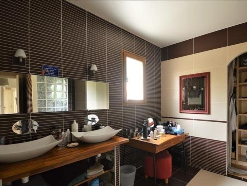 Sale house / villa Mere 670000€ - Picture 6