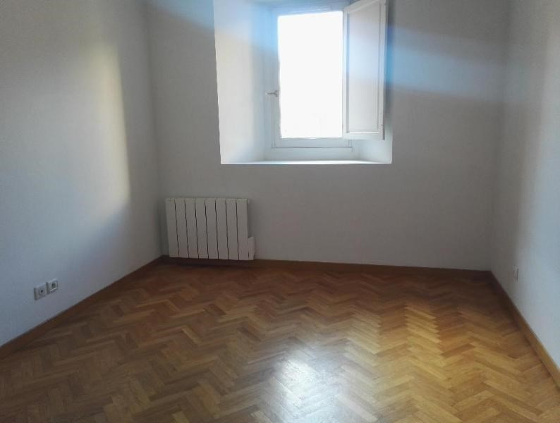 Location appartement Aix en provence 1 316€ CC - Photo 4