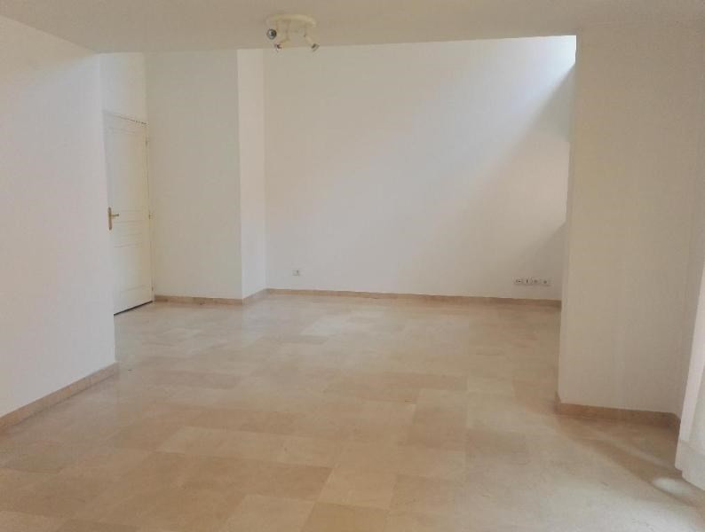 Location appartement Aix en provence 1 316€ CC - Photo 2