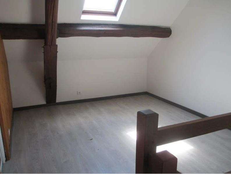 Location appartement Neuilly en thelle 575€ CC - Photo 1