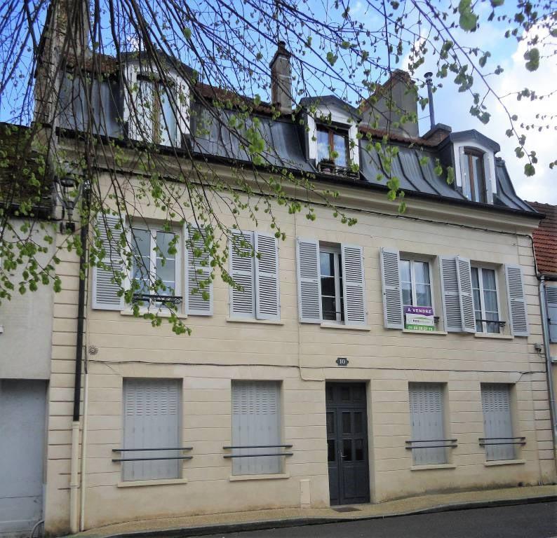 Sale apartment Arpajon 128000€ - Picture 1