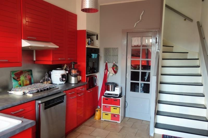 Verkoop  huis La tour du pin 169000€ - Foto 3