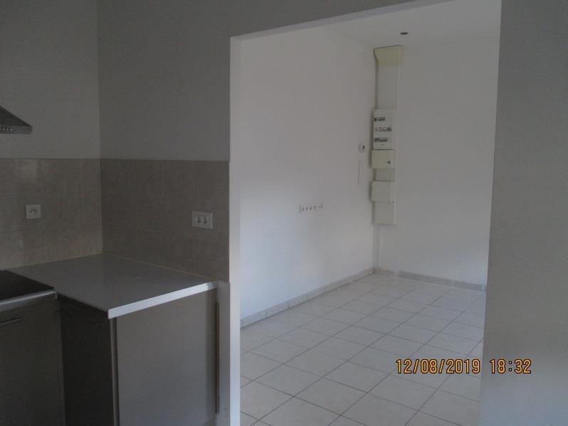 Rental apartment Labastide st pierre 478€ CC - Picture 3