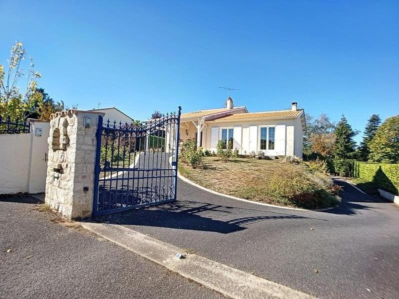 Vente maison / villa Angouleme 230000€ - Photo 1