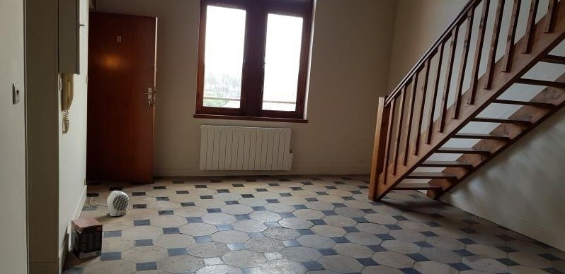Location appartement La roche guyon 588€ CC - Photo 2