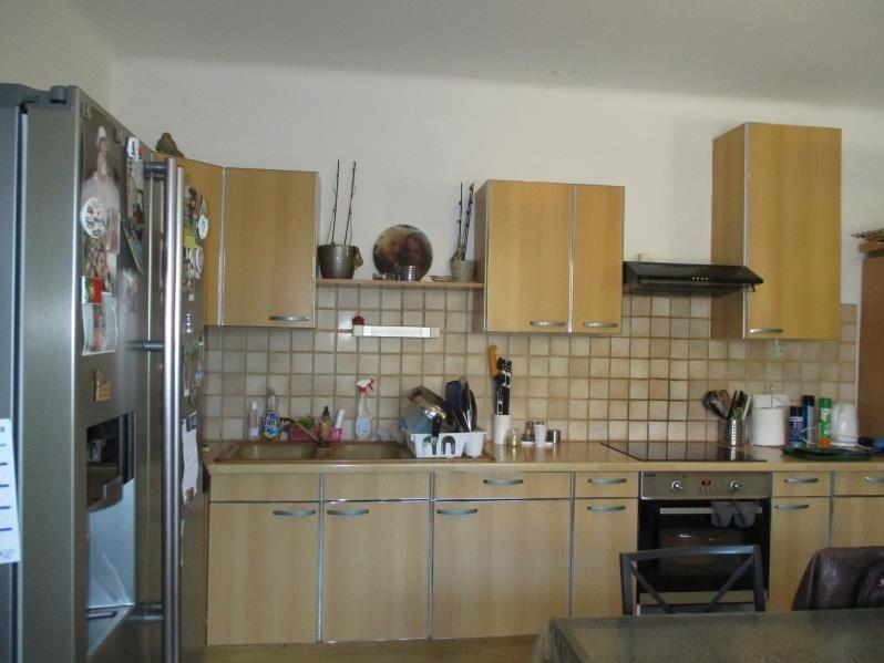 Location maison / villa Salon de provence 1170€ CC - Photo 3