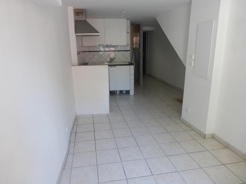 Location appartement St maximin la ste baume 410€ CC - Photo 2