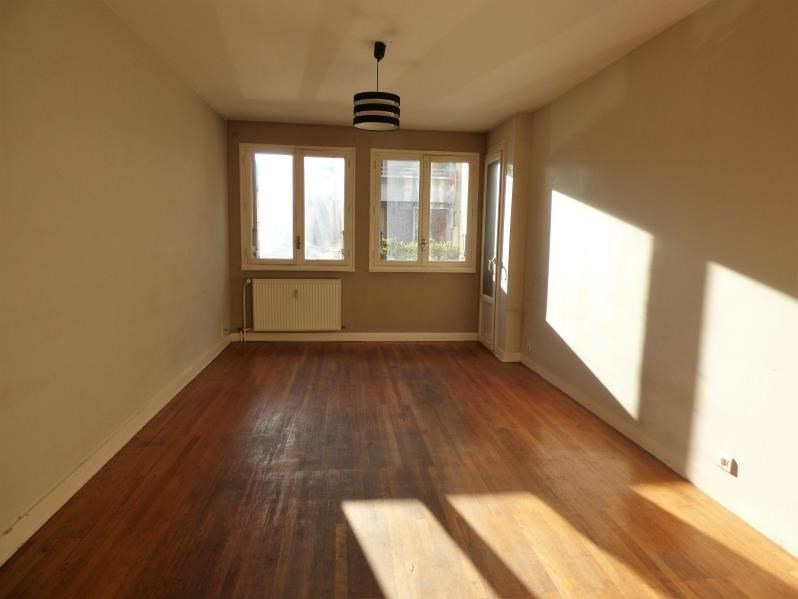 Sale apartment Annecy 210000€ - Picture 1