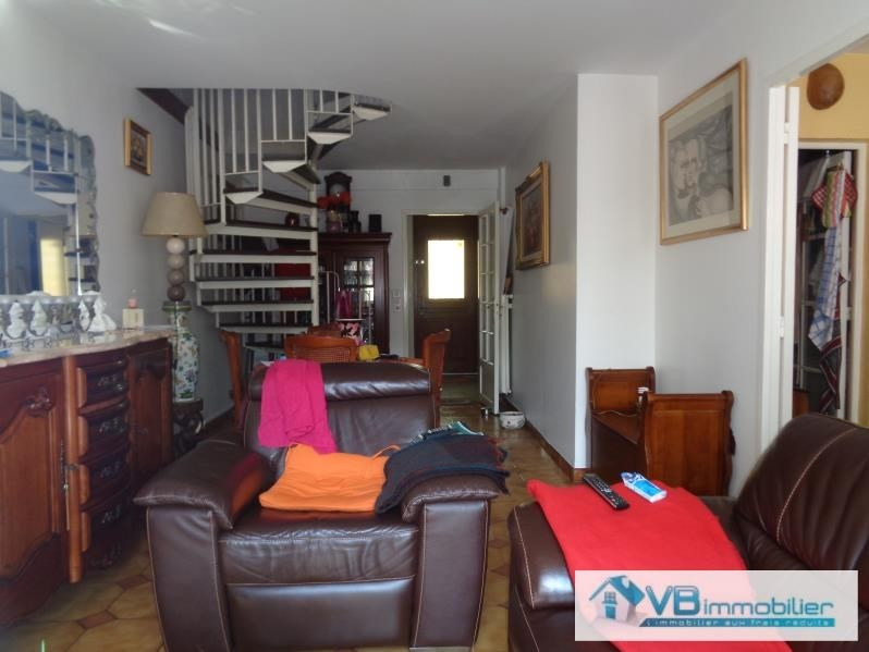 Vente maison / villa La queue en brie 278 500€ - Photo 5