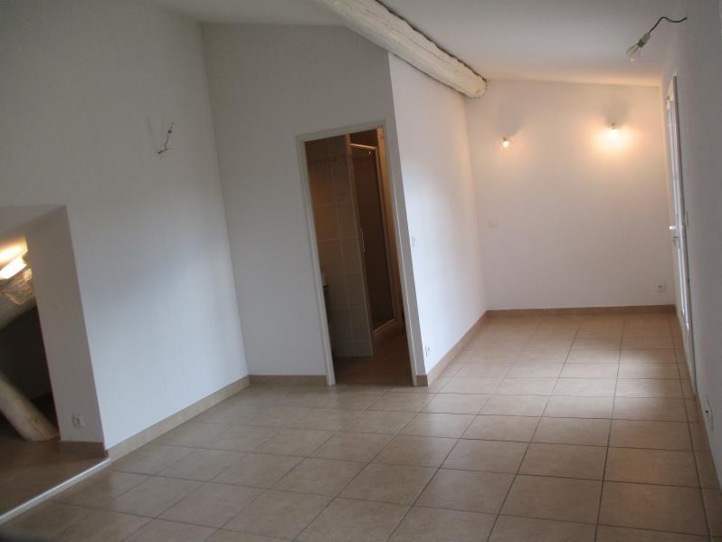 Rental apartment Salon de provence 446€ CC - Picture 3