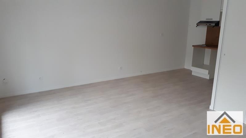 Location appartement Noyal chatillon sur seiche 560€ CC - Photo 3