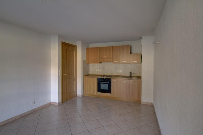 Rental apartment Le fayet 595€ CC - Picture 2