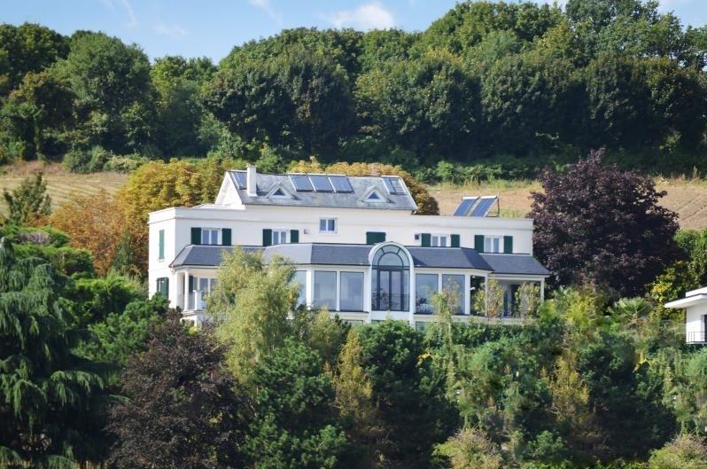 Deluxe sale house / villa Le mesnil le roi 1890000€ - Picture 1