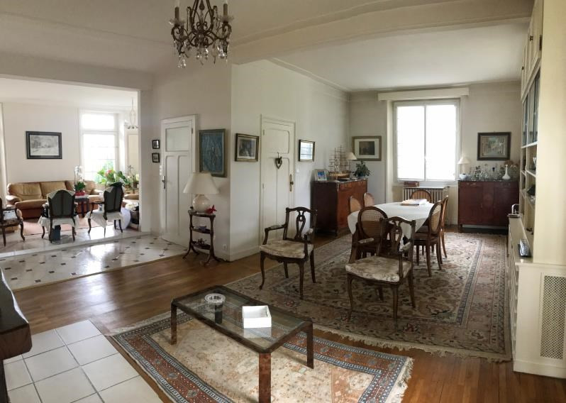 Sale house / villa Saint pierre montlimart 272900€ - Picture 2