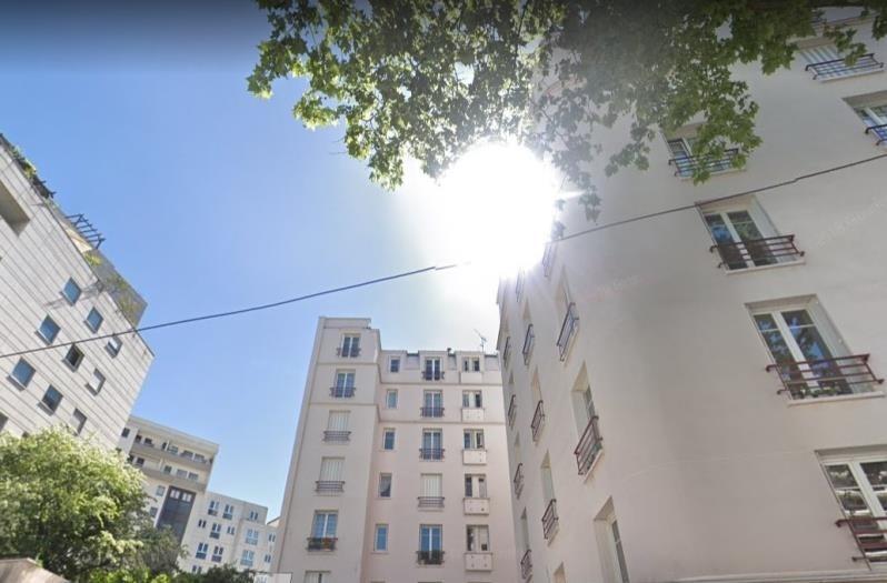 Sale apartment Courbevoie 380 000€ - Picture 1