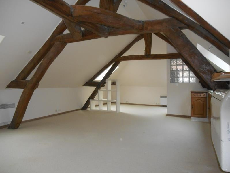 Location appartement Troyes 430€ CC - Photo 1