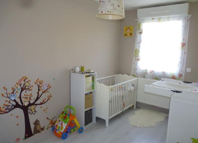 Vente maison / villa St clair sur epte 219320€ - Photo 6