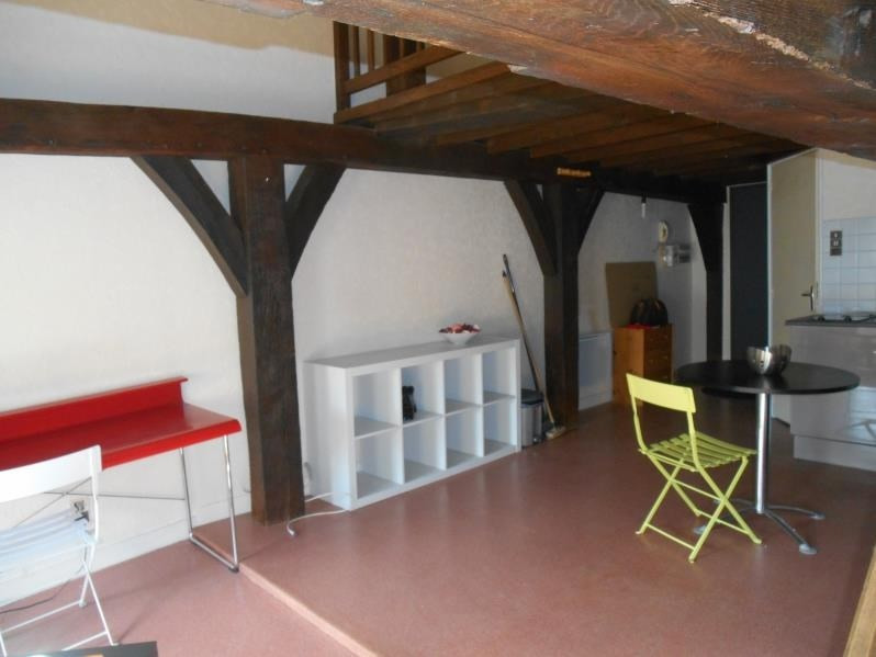 Location appartement Troyes 410€ CC - Photo 2