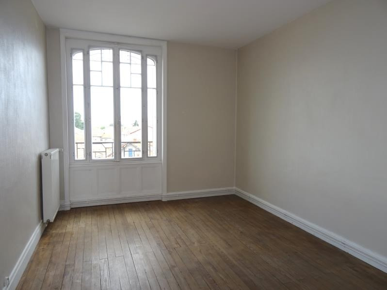 Location appartement Roanne 362€ CC - Photo 2