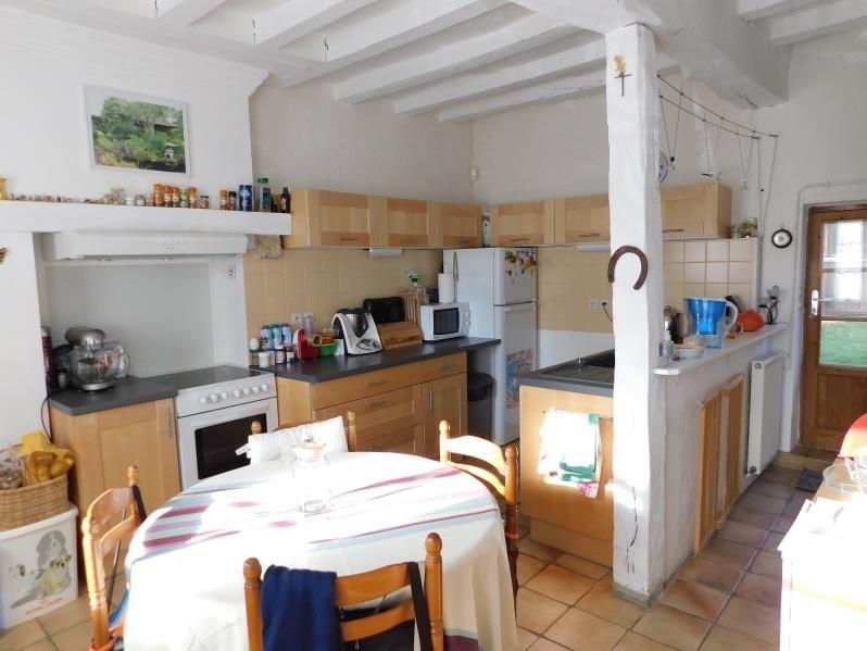 Vente maison / villa La chartre sur le loir 117700€ - Photo 4