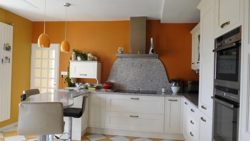 Sale house / villa St andre de cubzac 398000€ - Picture 3