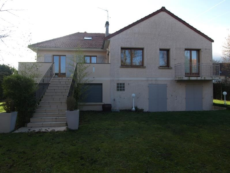 Sale house / villa Mere 670000€ - Picture 1