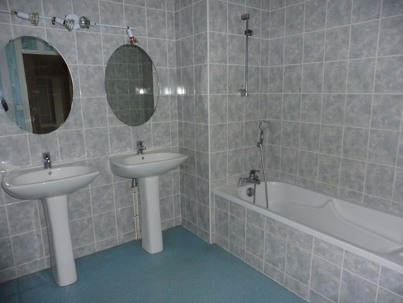 Location appartement Montrevault 445€ CC - Photo 5