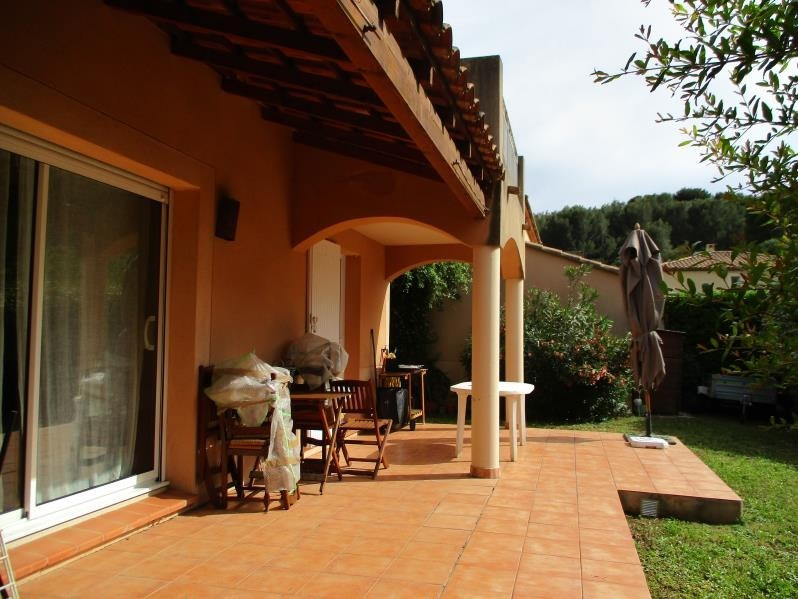 Rental house / villa Salon de provence 1 500€ CC - Picture 2