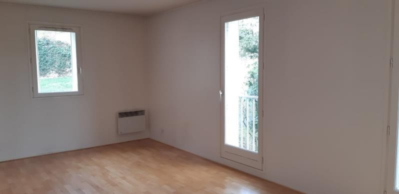Rental apartment Le pecq 1 146€ CC - Picture 3