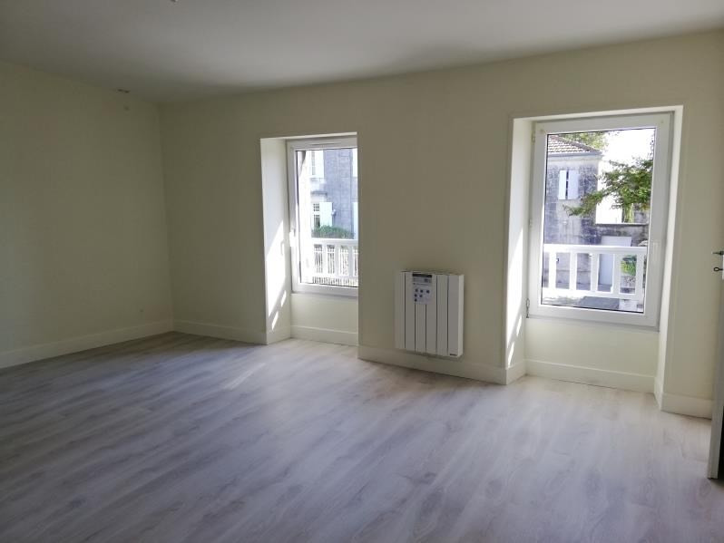 Location maison / villa Tesson 500€ CC - Photo 6