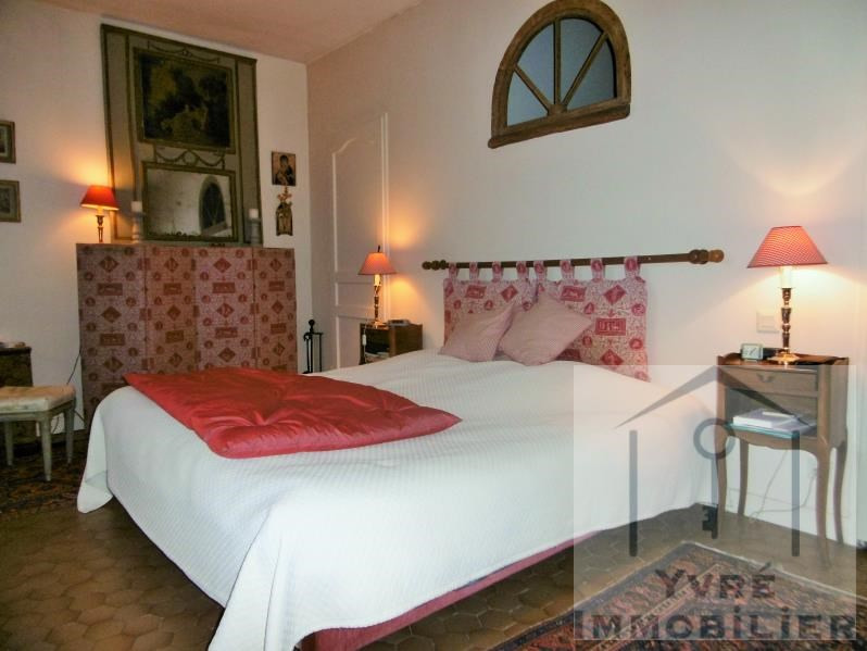 Sale house / villa Yvre l eveque 426400€ - Picture 9