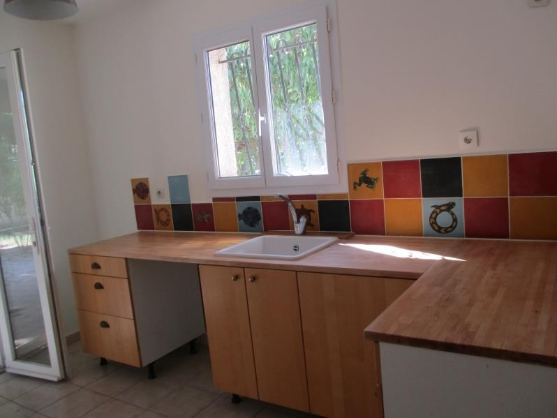 Rental house / villa Salon de provence 1150€ CC - Picture 4