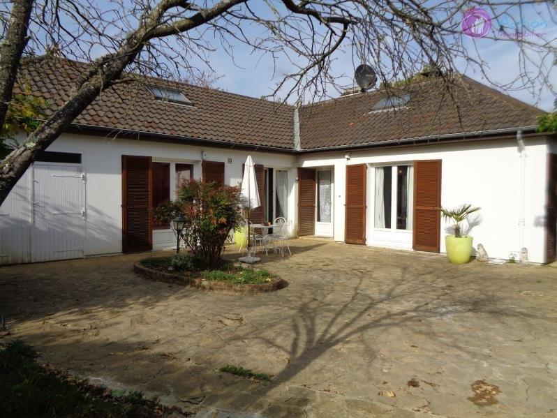 Sale house / villa Lesigny 398000€ - Picture 8