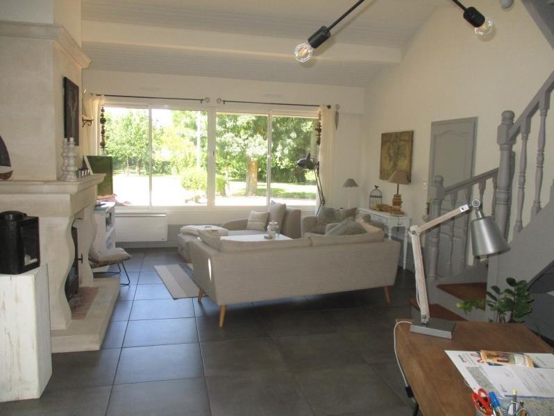 Vente maison / villa Magne 476000€ - Photo 10