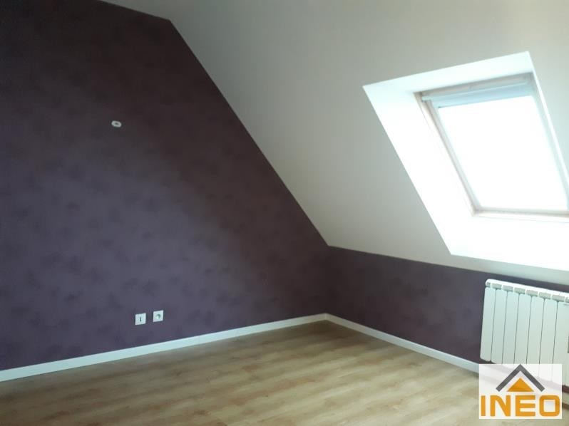 Location maison / villa Bedee 935€ CC - Photo 7