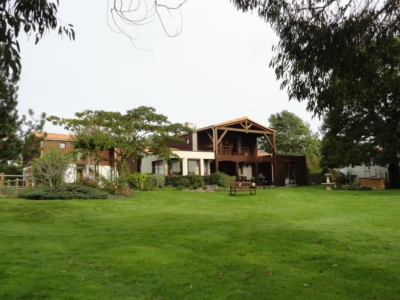 Vente de prestige maison / villa Clisson 668900€ - Photo 1