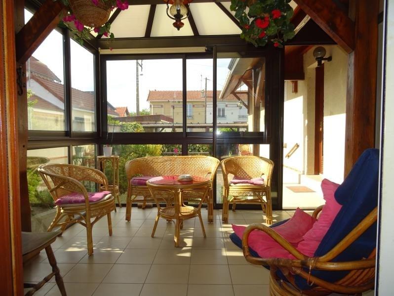 Sale house / villa St andre les vergers 145000€ - Picture 2