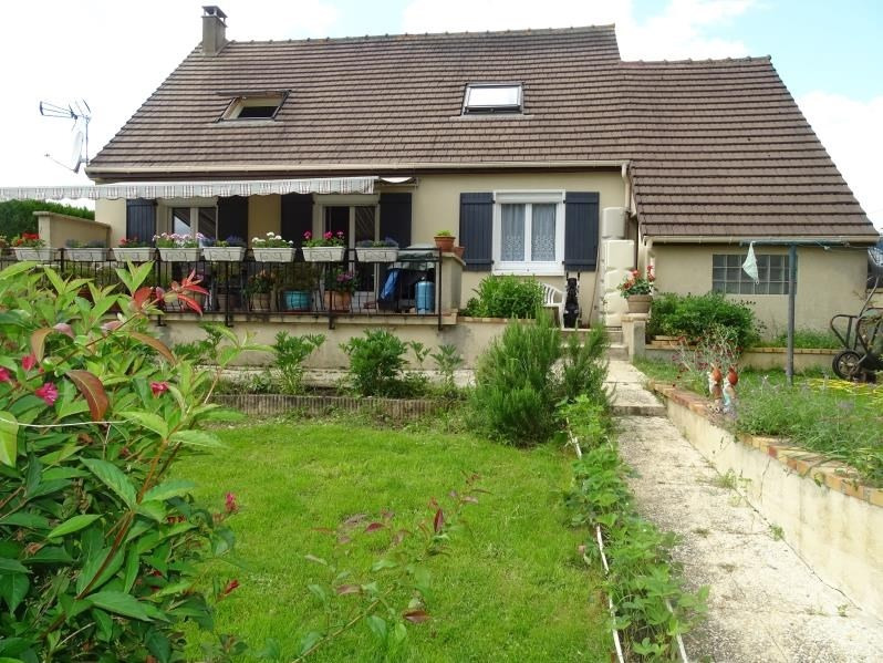 Sale house / villa Chambly 263000€ - Picture 1