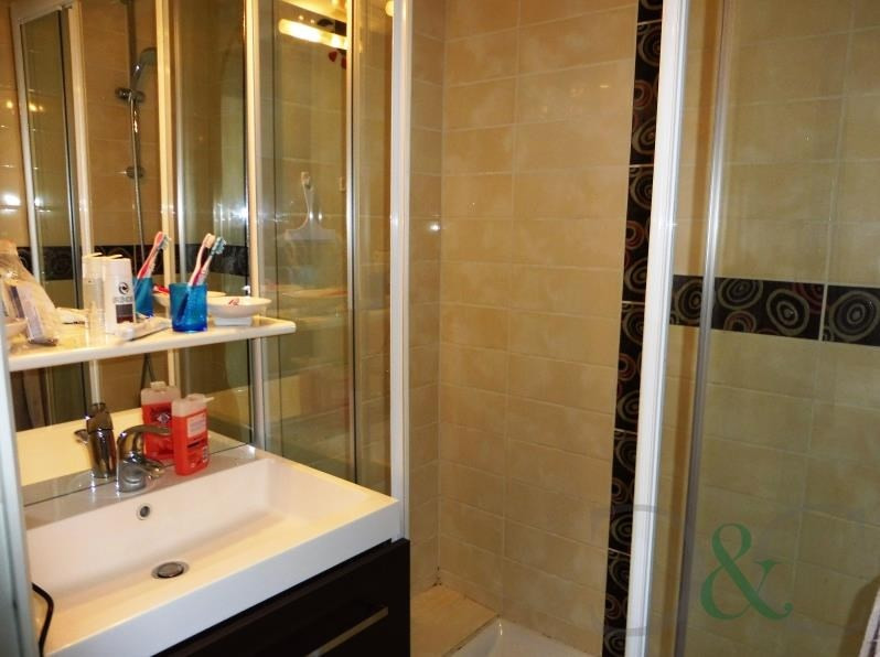 Vendita appartamento Le lavandou 170000€ - Fotografia 5