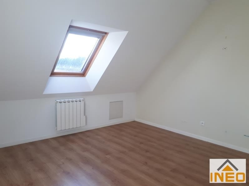 Location maison / villa Bedee 935€ CC - Photo 8
