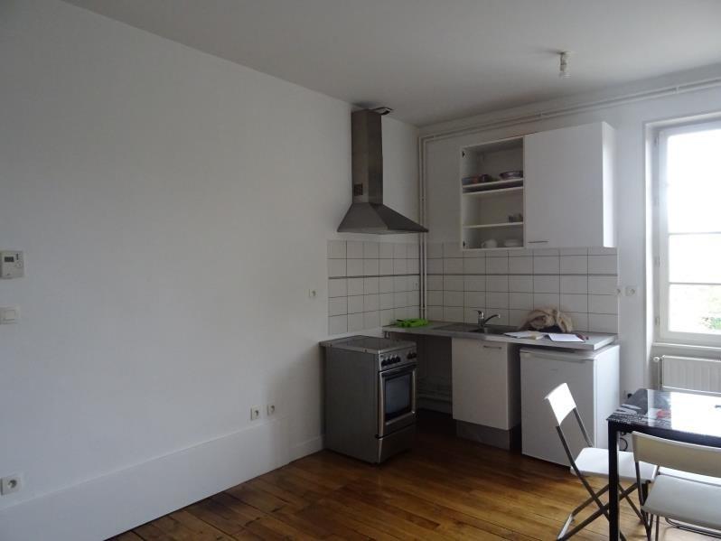 Locação apartamento Moulins 390€ CC - Fotografia 2