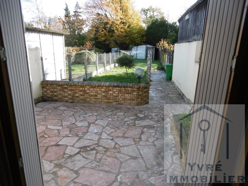 Sale house / villa Yvre l'eveque 173250€ - Picture 9