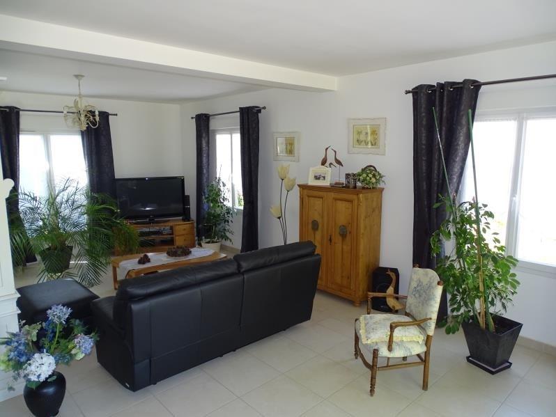 Deluxe sale house / villa Orry la ville 635000€ - Picture 2
