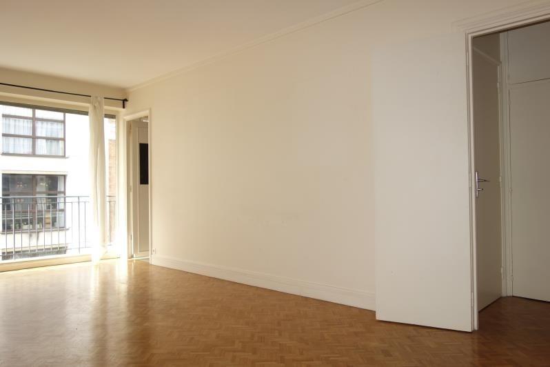 Venta  apartamento Paris 15ème 370000€ - Fotografía 3
