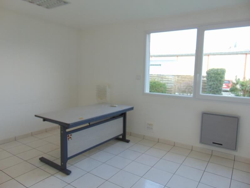 Location local commercial Cholet 700€ HT/HC - Photo 5