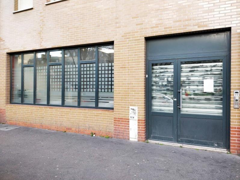 Location local commercial La plaine st denis 5925€ HT/HC - Photo 1