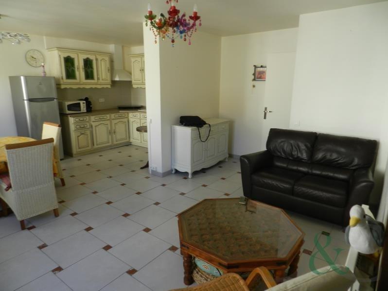 Sale apartment Le lavandou 329000€ - Picture 1