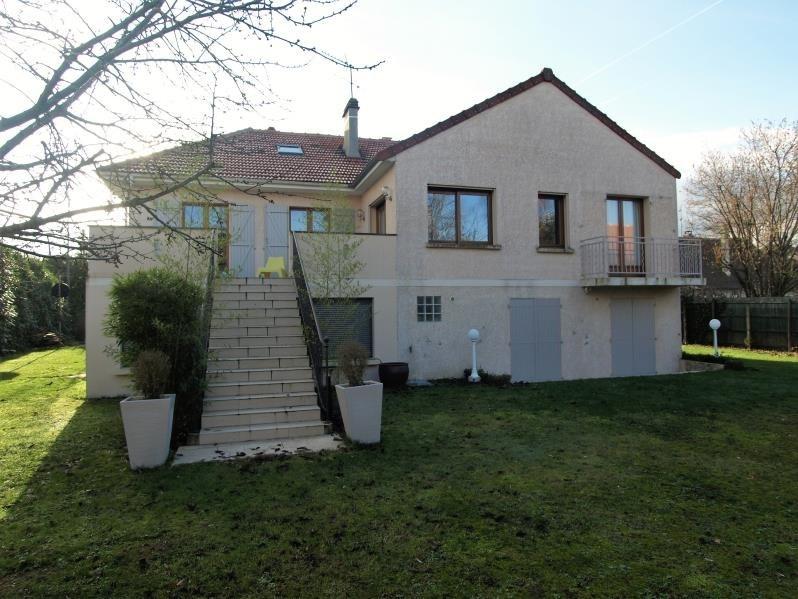 Sale house / villa Montfort l amaury 698000€ - Picture 1