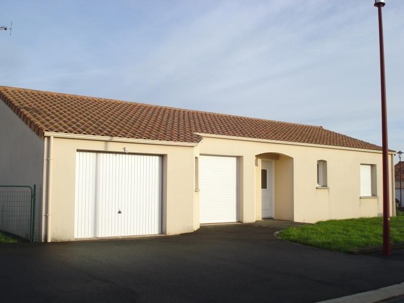 Rental house / villa Villedieu la blouere 630€ CC - Picture 1