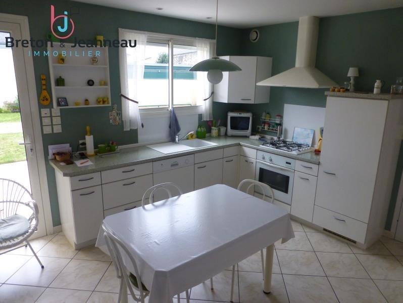 Sale house / villa Laval 312000€ - Picture 3